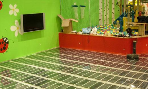 Теплые полы в детской игровой комнате